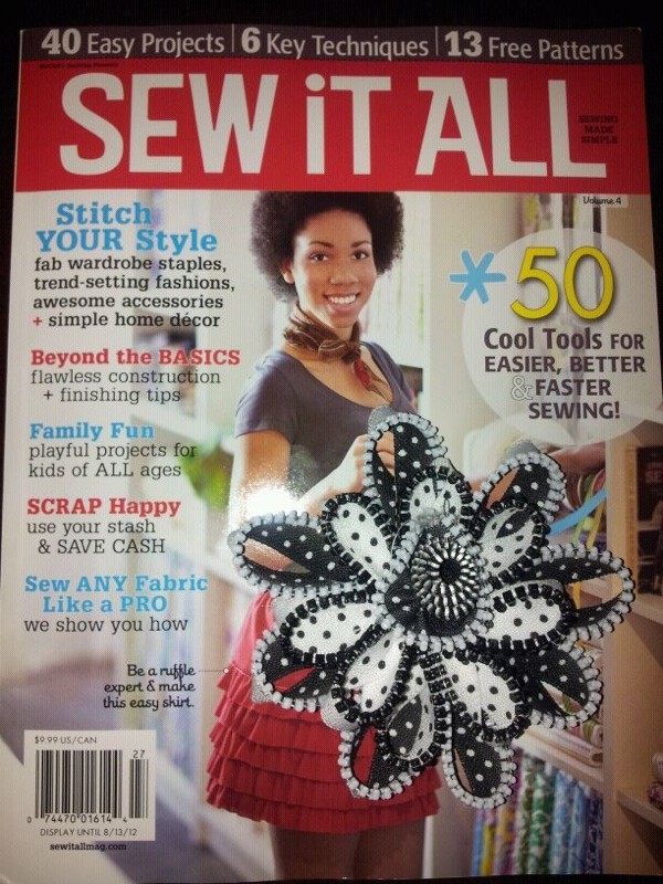 Sew it All magazine with zipper flower brooch